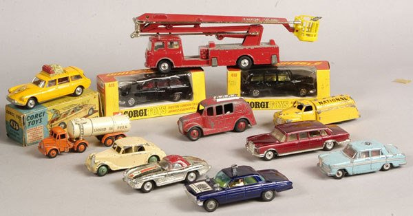 2015: Dinky & Corgi - A Group of Boxed and Unboxed