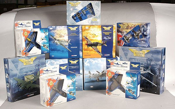 2436: 11 x Corgi Classics The Aviation Archive Series