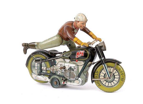 3019: Arnold Tinplate Mack 700