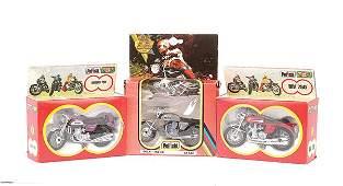 3421 Polistil  8 x 124th scale Motorbikes