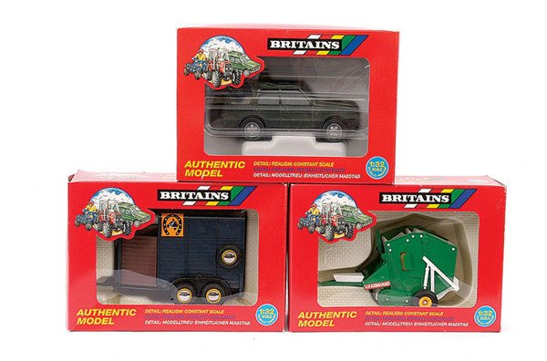 4011: Britains No.9690 Land Rover plus Others