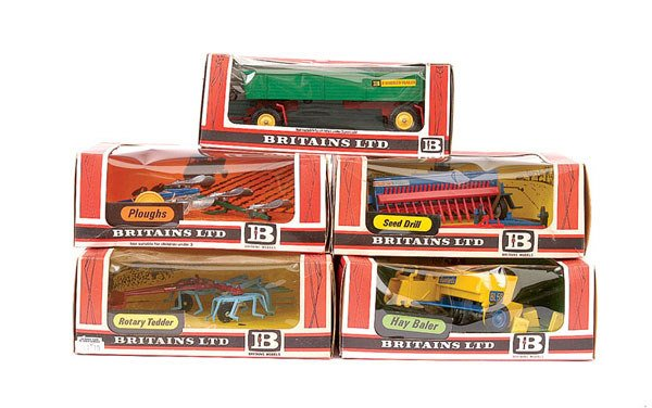 4021: Britains - A Group of 5 x Farm Implements