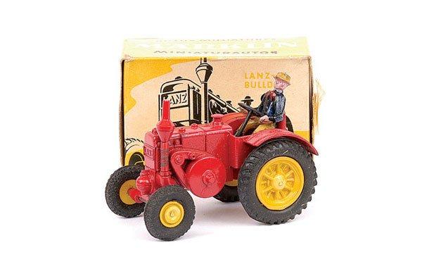 4121: Marklin No.8002 Lanz Tractor