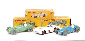 4369: Dinky - A Group of Racing Cars
