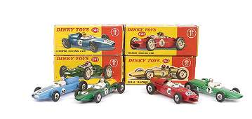 4458: Dinky - A Group of Racing Cars