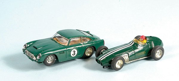 9: Scalextric - A Pair of Unboxed Cars