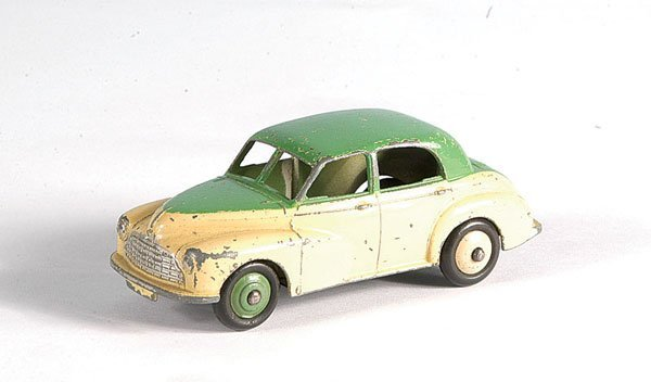 11: Dinky Toys Unboxed Morris Oxford