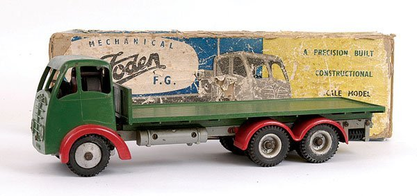 1012: Shackleton Foden 6-wheeled Flatbed Lorry