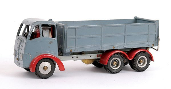 1013: Shackleton Foden 6-wheeled Tipper Lorry