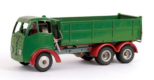 1014: Shackleton Foden 6-wheeled Tipper Lorry