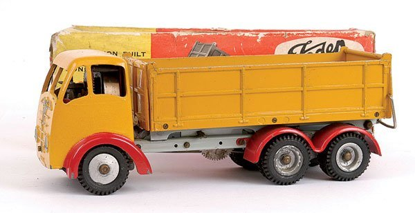 1015: Shackleton Foden 6-wheeled Tipper Lorry