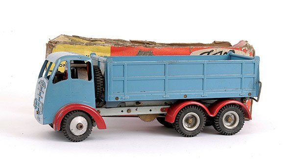 1017: Shackleton Foden 6-wheeled Tipper Truck