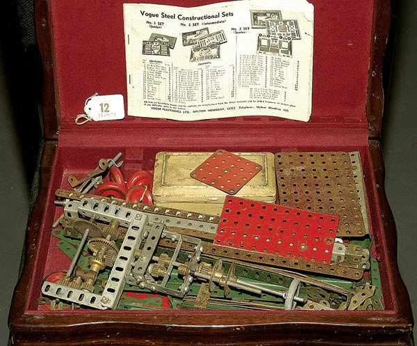 3012: Meccano and Vogue 1950's Components