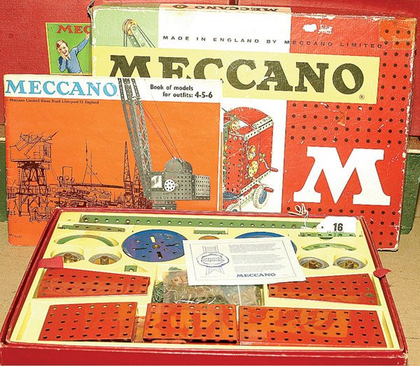 3016: Meccano 1960's Outfit No.6  & Others