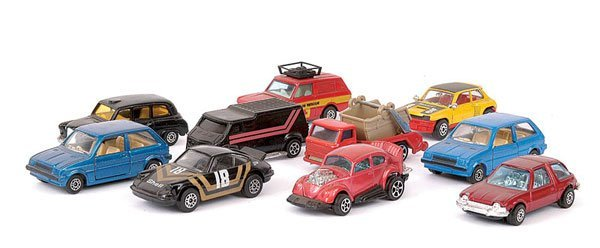 23: Corgi Juniors Small Scale Diecast Vehicles