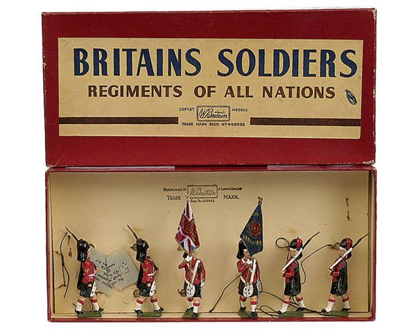 2005: Britains Set 2111 - Black Watch Colour Party