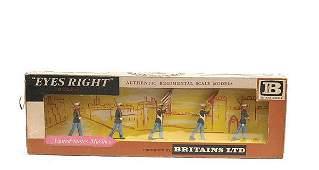 2184 Britains  Eyes Right   Set 7466US Marines