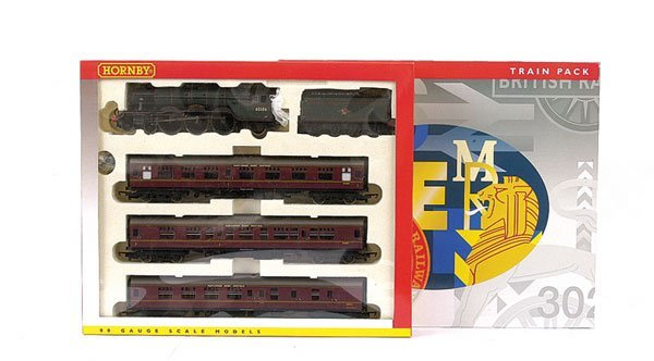 3001: Hornby R2195M The Master Cutler Train Pack