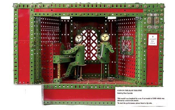 4001: Meccano Coin-in-the-Slot Theatre