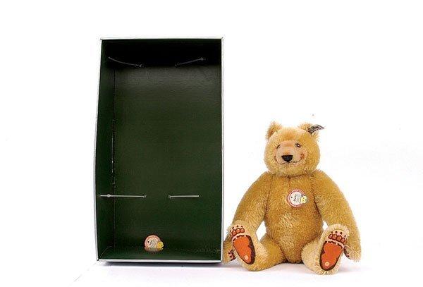 4: Steiff Dicky Bear, 1930 Replica