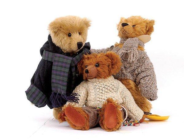 13: Sunny Bears Anthony bear