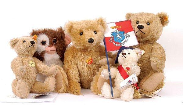 20: Steiff/Idee & Spiel Erobarer teddy bear