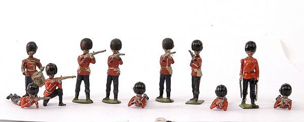 1008: Britains from various Foot Guards Sets
