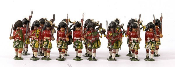 1016: Timpo- Highlanders - includes Pipers & Officers