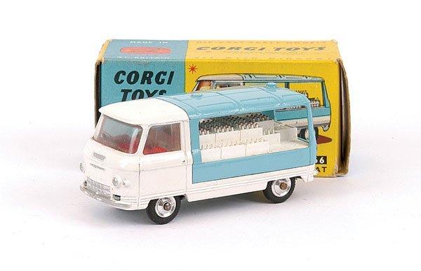 2014: Corgi No.466 Commer Milk Float