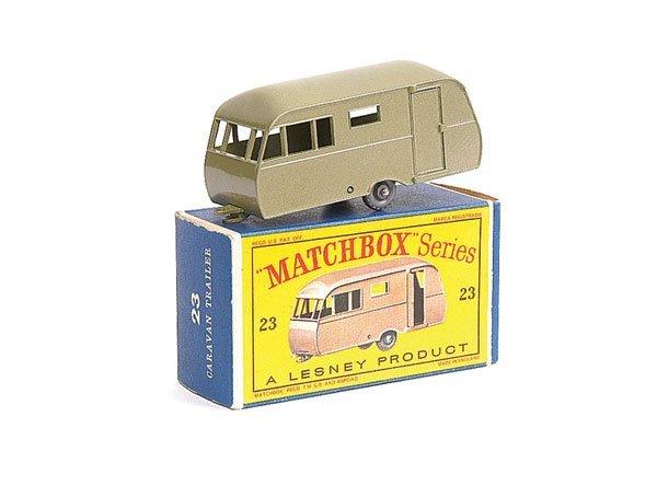 2582: Matchbox No.23c Bluebird Dauphine Caravan