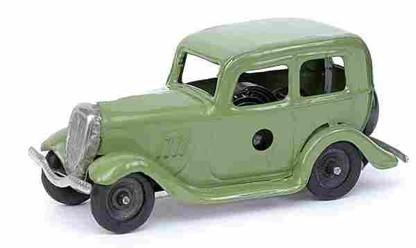 Minic - 1M Ford Saloon - green - later issue
