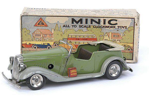 Minic - 17M - Vauxhall Tourer - green +stone hood