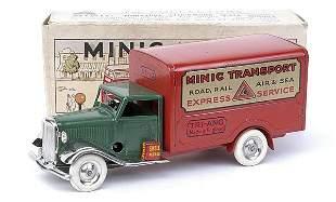 Minic - 21M - Transport Van - medium green cab