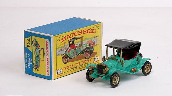 3011: Matchbox MOY No.Y14 Maxwell Roadster