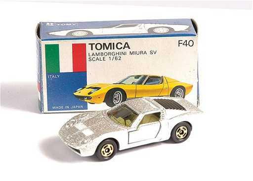 3485 Tomica No F40 Lamborghini Miura Sv