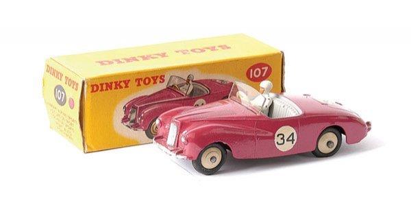 2004: Dinky No.107 Sunbeam Alpine Sports Ca