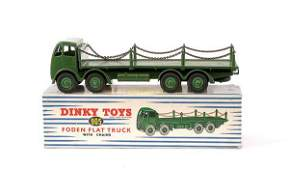 2229: Dinky No.905 Foden Flat Truck with Chains