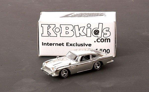 "3003: Johnny Lightning ""James Bond"" Aston Martin DB5"