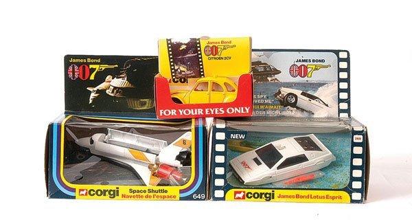 """3008: Corgi """"007"""" No.649 """"Moonraker"""" Space Shuttle"""