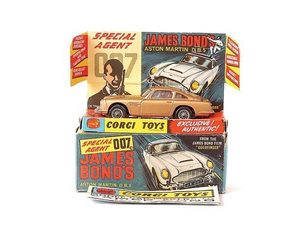 "3020: Corgi No.261 ""James Bond"" Aston Martin DB5"