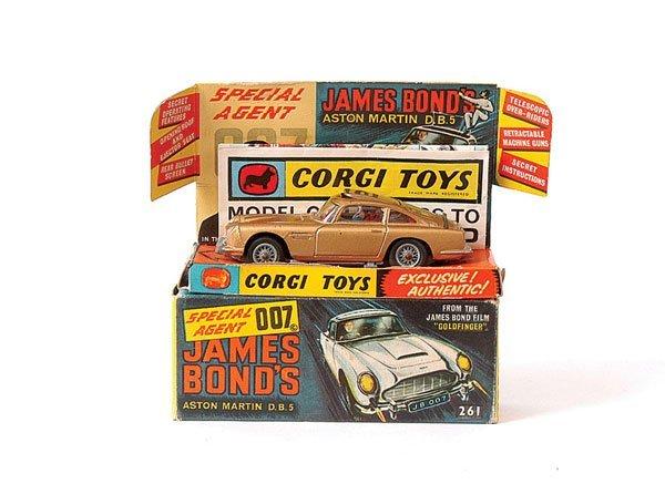"""3021: Corgi No.261 """"James Bond"""" Aston DB5"""