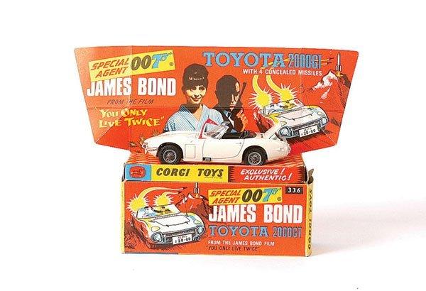 """3023: Corgi No.336 """"James Bond"""" Toyota 2000GT"""