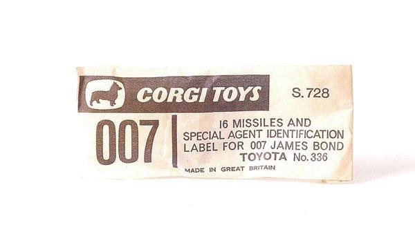"""3024: Corgi No.S728 """"James Bond"""" Accessory Pack"""