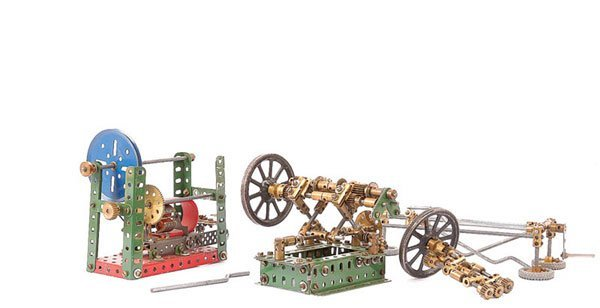 1008: Meccano - A Group of 4 Models