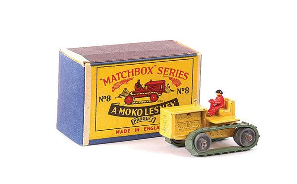 3009: Matchbox No.8a Caterpillar Tractor