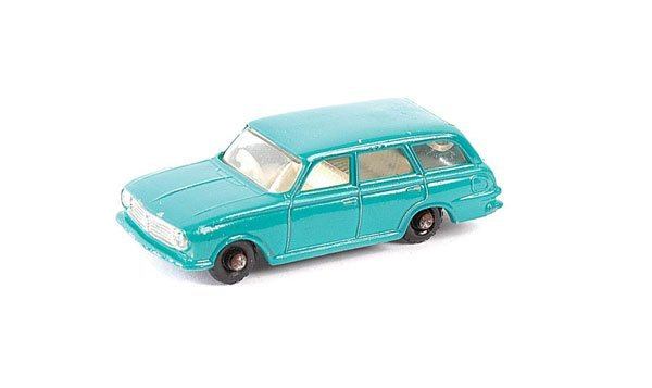 3329: Matchbox No.38b Vauxhall Victor Estate