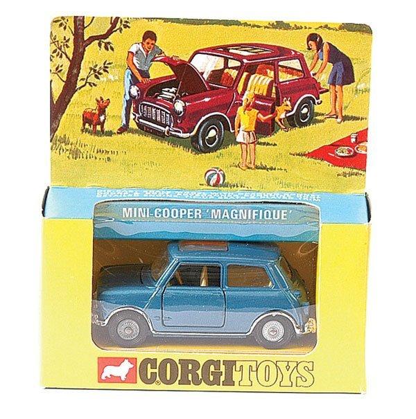 """4013: Corgi No.334 Mini Cooper """"Magnifique"""""""