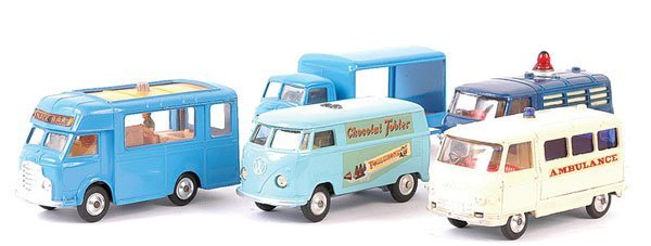 4146: Corgi - A Group of 5 Commercial Vehicles