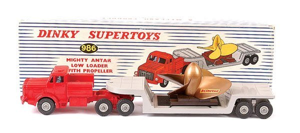 4158: Dinky No.986 Mighty Antar Low Loader