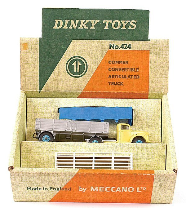 4165: Dinky No.424 Commer Convertible Truck